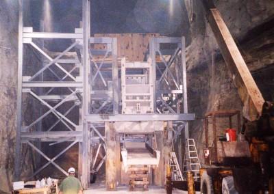 Installation of a bunker in a Limestone Mine