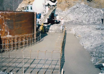 Pouring concrete collar pad